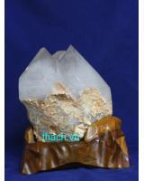 Khối đá thạch anh trắng phong thủyTR18