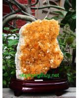 Phong thủy khối đá thạch anh vàng V23