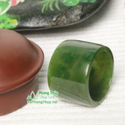 Nhẫn đá ngọc bích nephrite jade 18-19.5