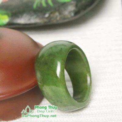 Nhẫn đá ngọc bích nephrite jade 22-18.2