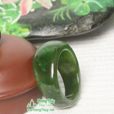 Nhẫn đá ngọc bích nephrite jade 4-18.6