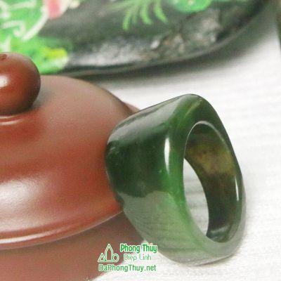 Nhẫn ngọc bích nephrite jade 1-18.5