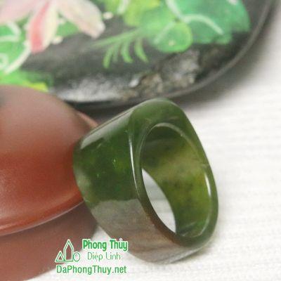 Nhẫn ngọc bích nephrite jade 11-18.5